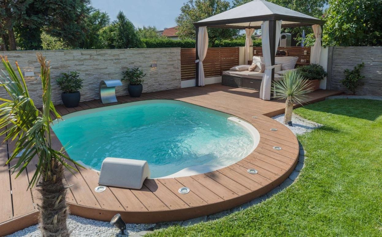 Une mini piscine